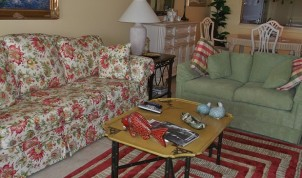B-116 2 Living Room